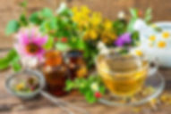 naturopathie2_alexander-raths-stock-adob