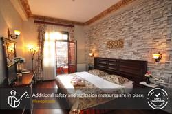 Standard Double Room 321 (1)