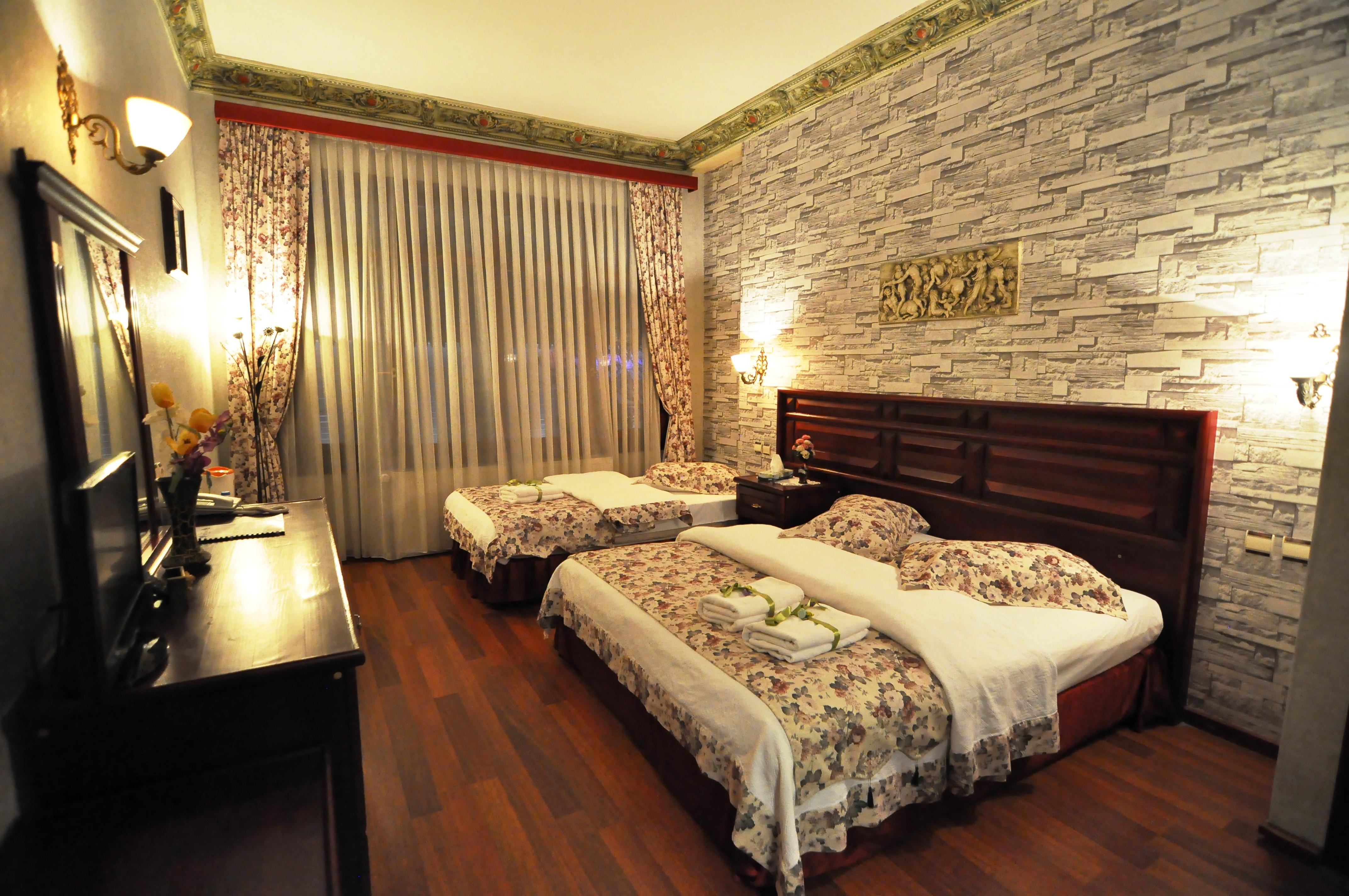 Standard Triple Room (1)