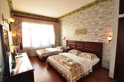 Standard Triple Room (4)