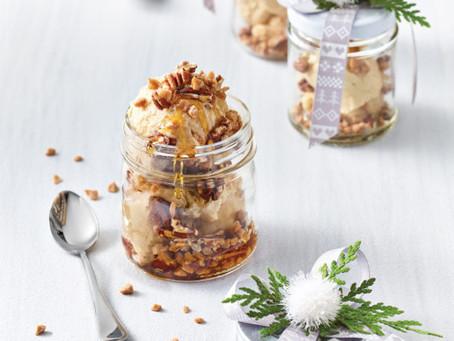 Pots à la pâte à biscuits crue, à l'érable et aux noix de pécan