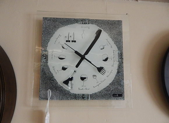 Carneol Glass Wall Clock