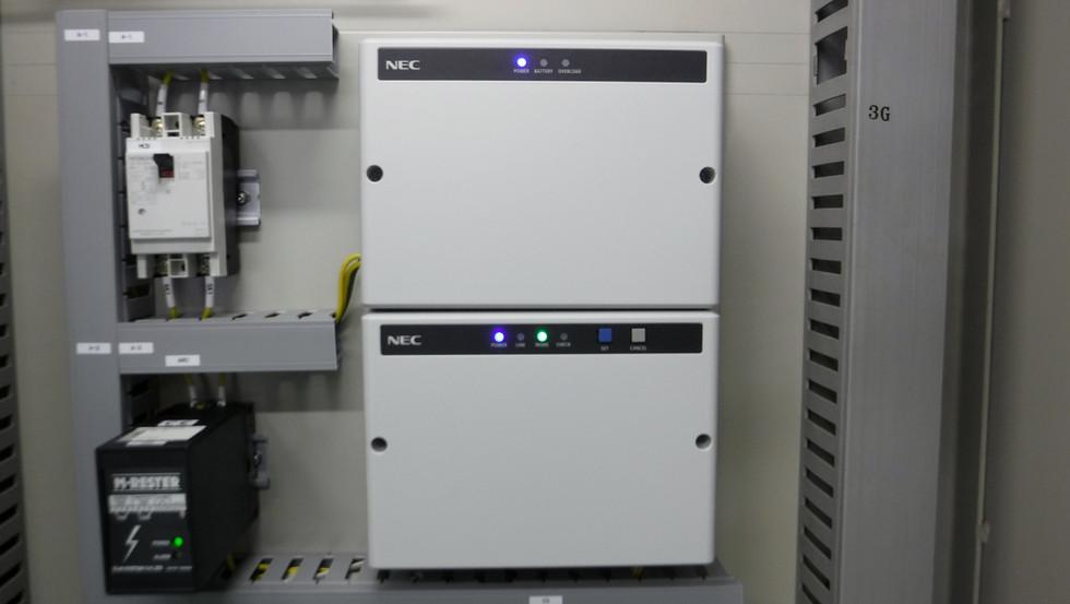 電磁流量計、自動通報装置更新工事1