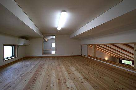 Yokohama House-K9