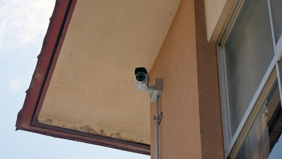 防犯、防災監視カメラ工事1