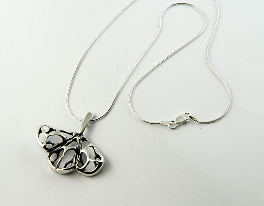 Modern Silver Lace Necklace