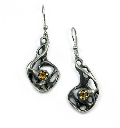 Silver drop earrings with citrines