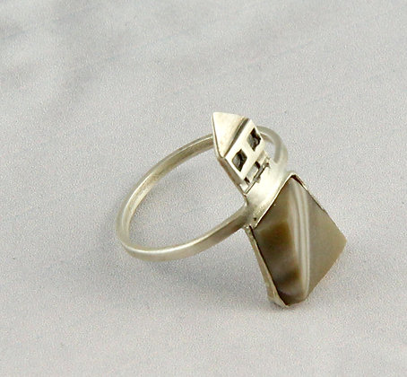 Architectural Ring Cappucino Flint size M