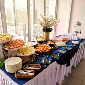 Buffet Setting 2
