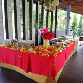 Buffet Setting 12