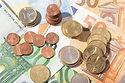 money-background-EVRJKD5.jpg