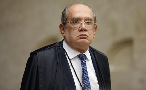 GILMAR SUGERE QUE O JUDICIÁRIO TAMBÉM GOVERNA O PAÍS
