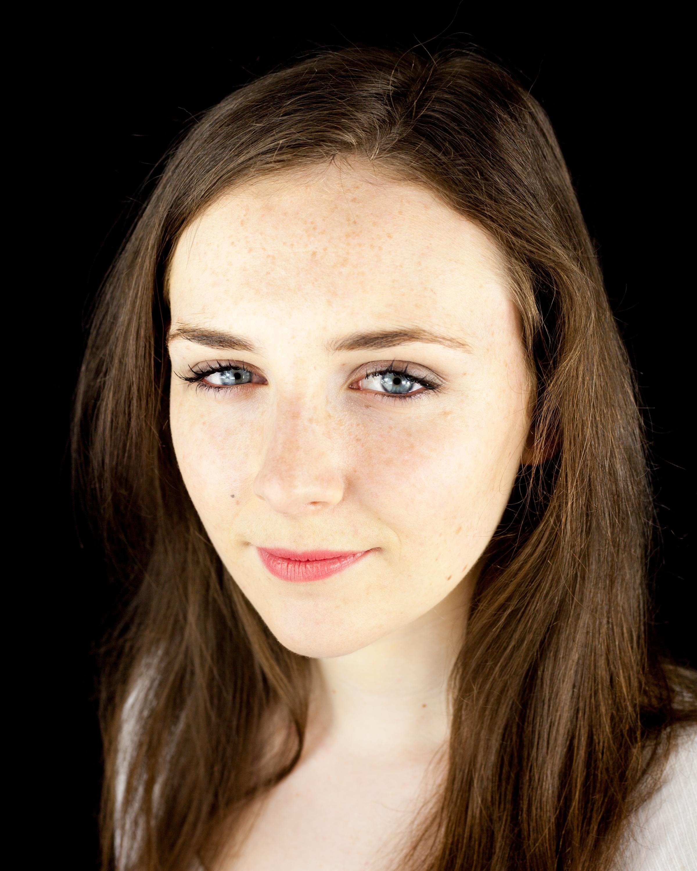 Caitlin Brennan headshot