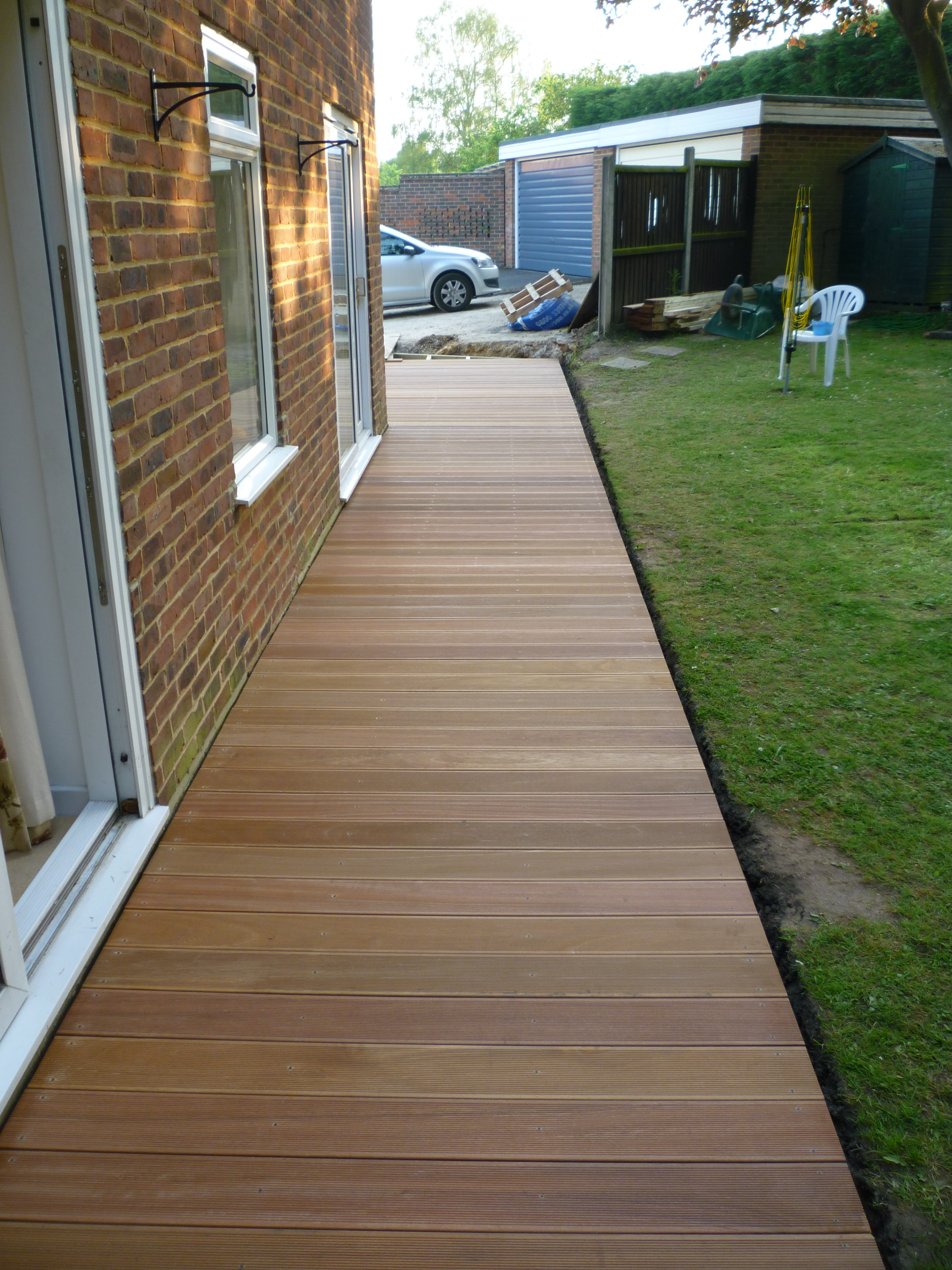 decking complete at back.JPG