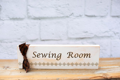 "4112 - 10"" Sign, ""Sewing Room"