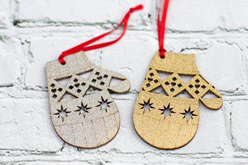 6005 - Christmas Ornament Mitten