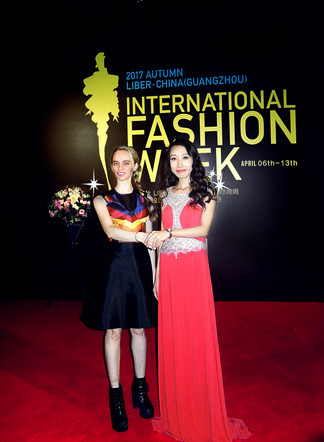 With the lovely Margaret Li at the glamorous Liber China International Autumn 2017 Fashion Week Awar