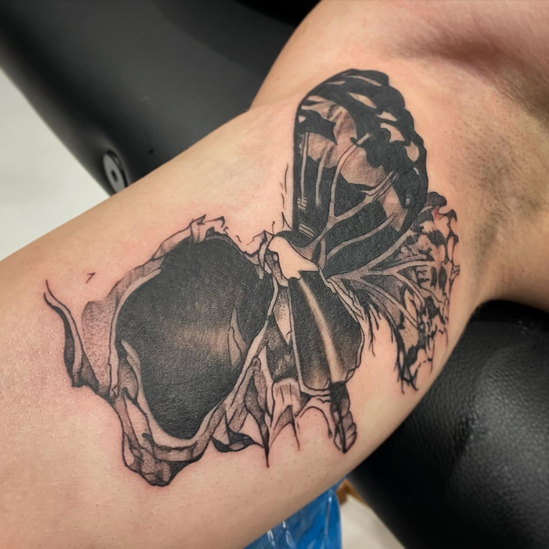 10.2020 Skull Butterfly