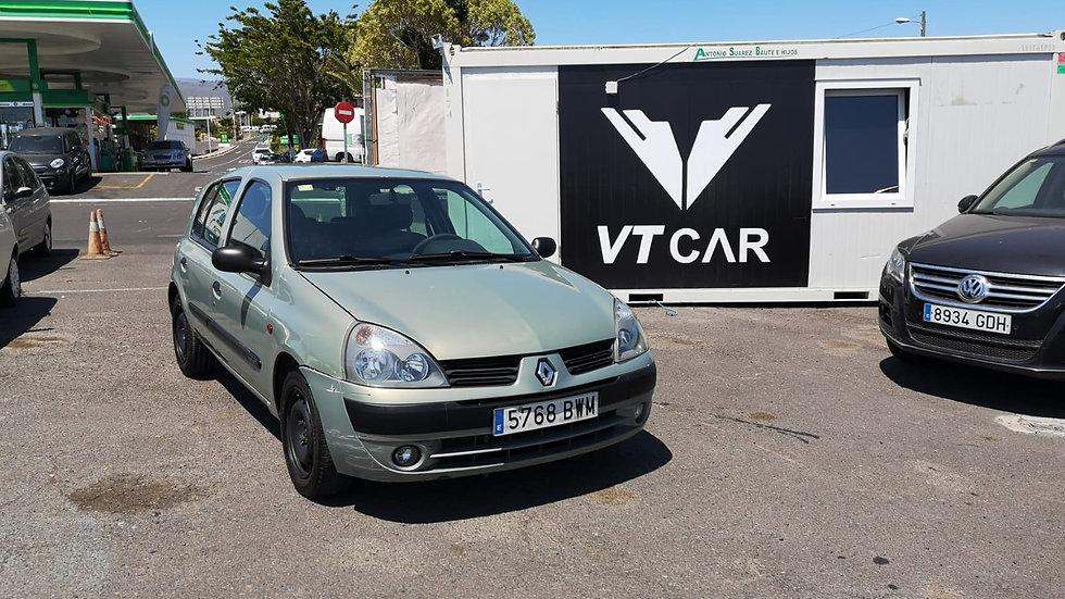 Renault Clio 1.9 diesel 300000km Año 2002