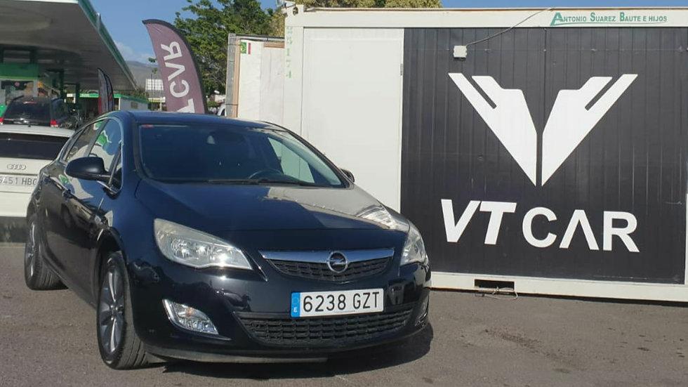 Opel Astra 1.4Turbo Gasolina 234000km Año 2010