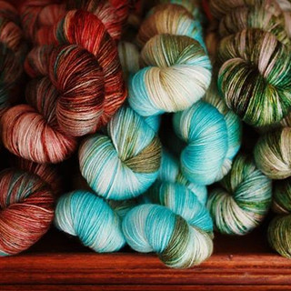 Packing these lovely skeins up for the #