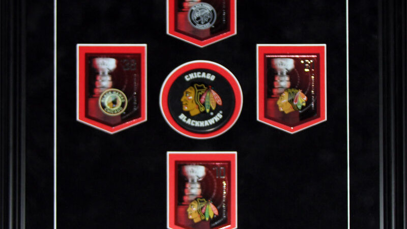 Chicago Blackhawks Stanley Cup Panini Cards NHL Hockey Collector Frame