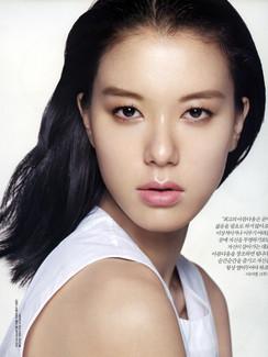BazaarKorea2014.02_BeautyEditorial.jpg