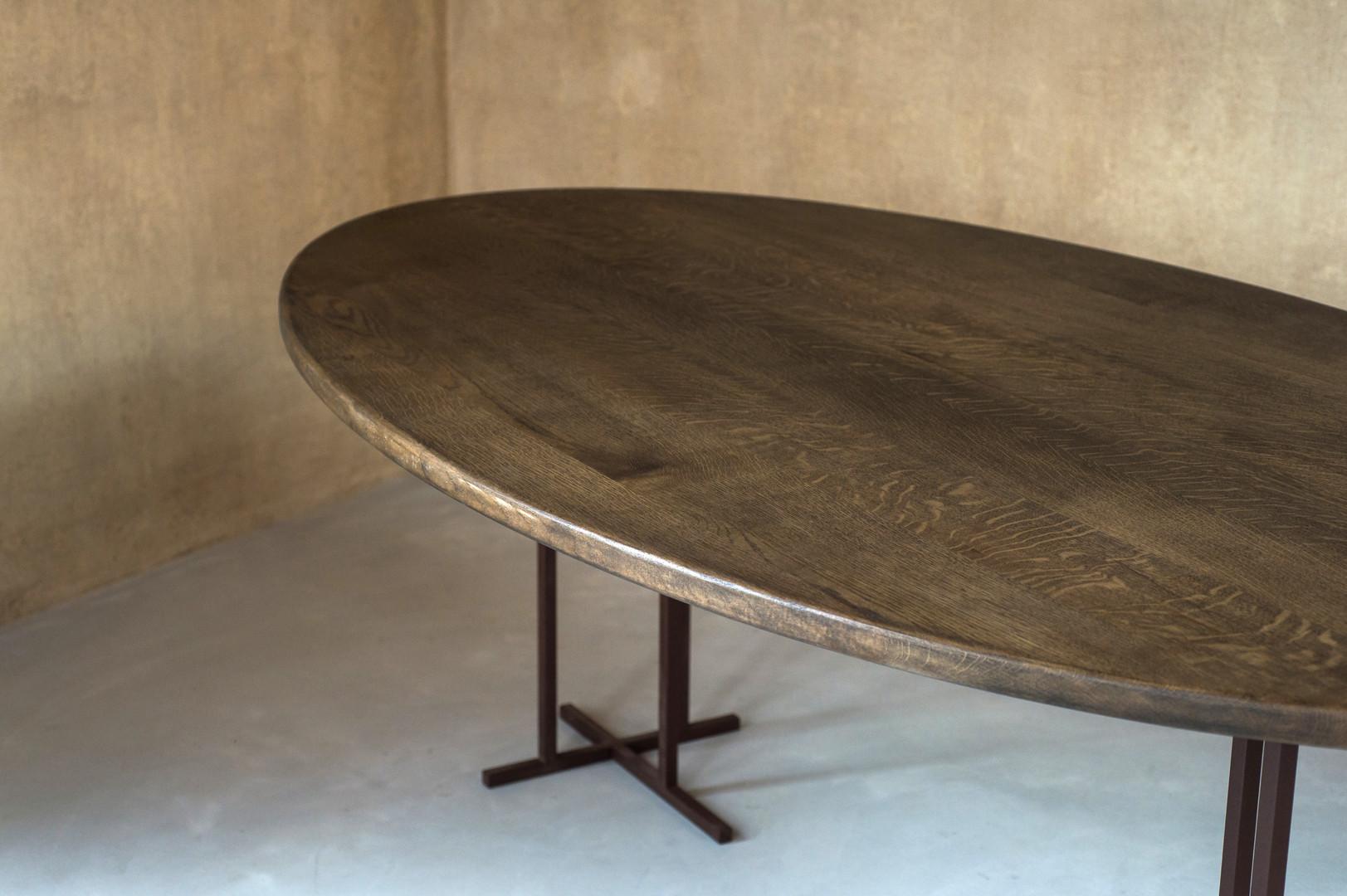 Table en chêne massif certifié PEFC