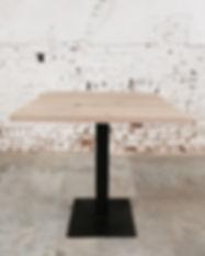 Table sur-mesure en chêne massif certifié PEFC pied en metal table design table de salle à manger table restaurant