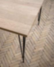 Table sur-mesure en chêne massif certifié PEFC pied en metal table design table de salle à manger
