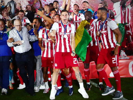 Tsimikas & Xenitidis lifted the Super League trophy
