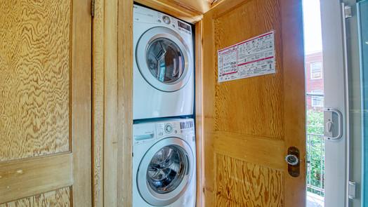 Entrée laveuse et sécheuse
