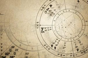 astrologi horoskoplæsning