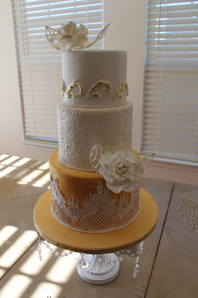 Stencilled Gold Wedding Cake