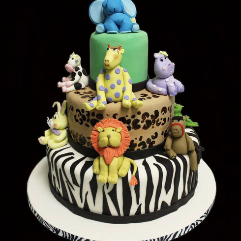 Jungle themed Cake with Sugar Animals