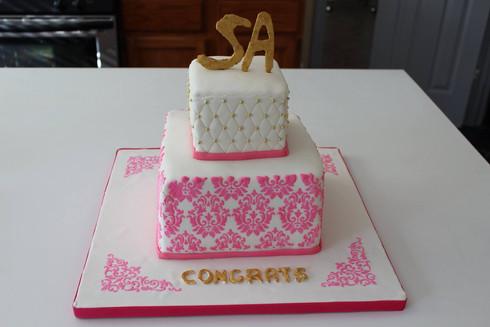 Stencilled Demask Wedding Cake