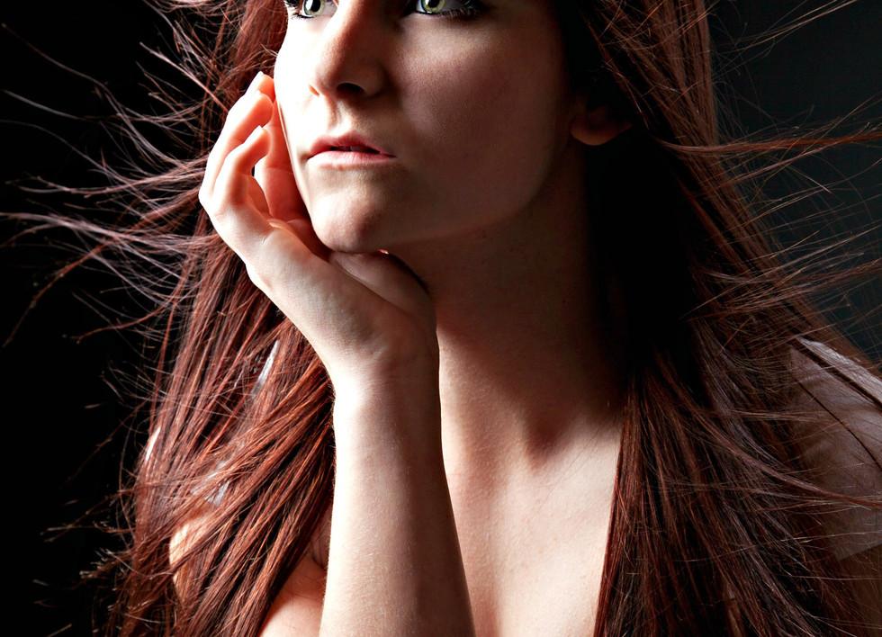 delaney hair whisps.jpg