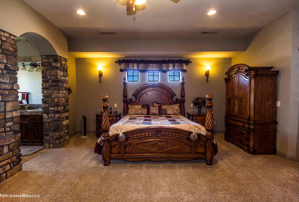 Master Bedroom-2 (4).jpg