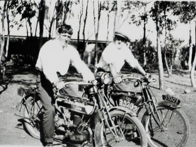 Motorcyclists Picture52