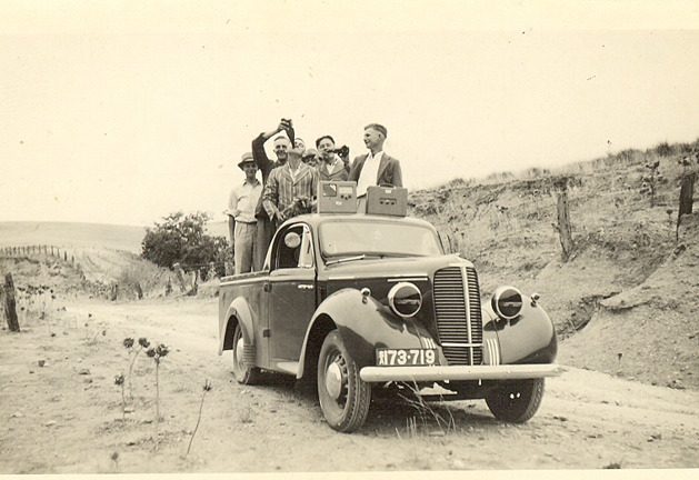 Photographers in Ute Picture5.tif
