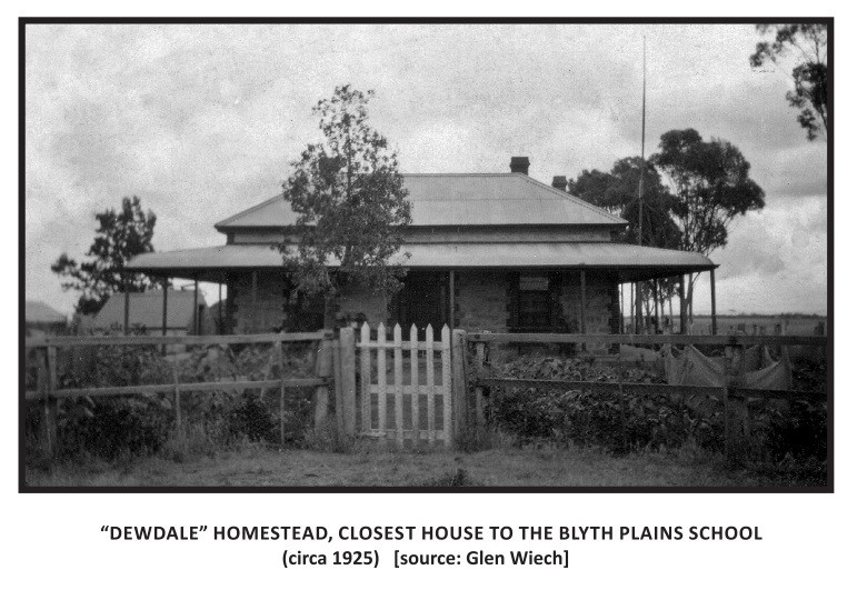 Dewdale Homestead, Closest House to the