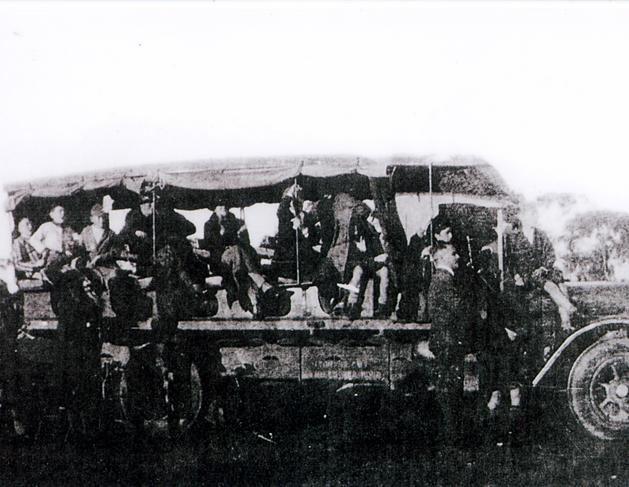 Metcalfs of Balaklave Charabang-Poss mid 1920s