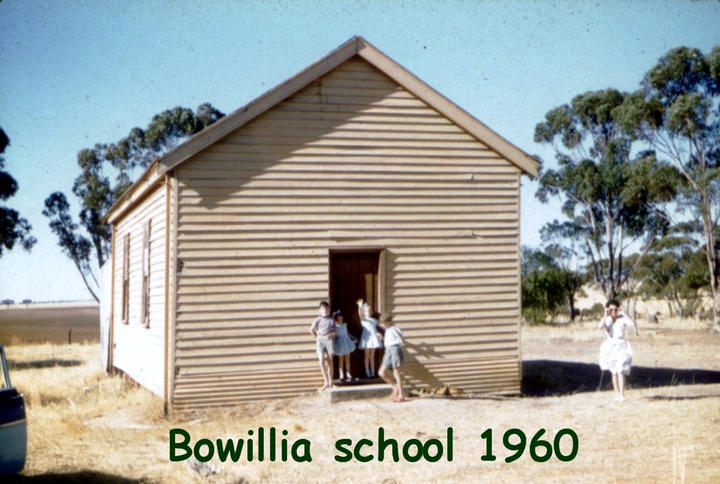 161C 1960-00-00 00 (est) Bowillia School