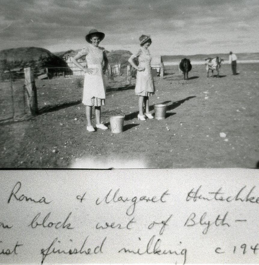 Roma & Margaret Hentschke on farm