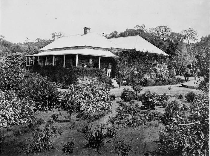 Dr. Bains House c 1880.jpg