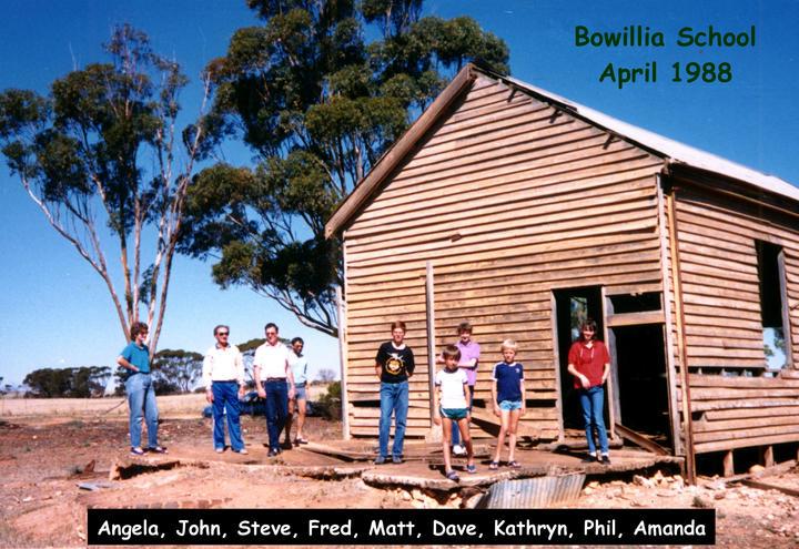161B 1988 04 04 00 Bowillia School.jpg