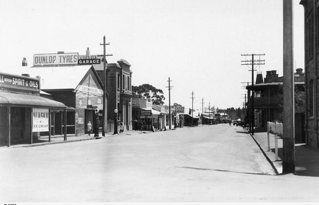 Clare, the Main Street 1933.jpeg