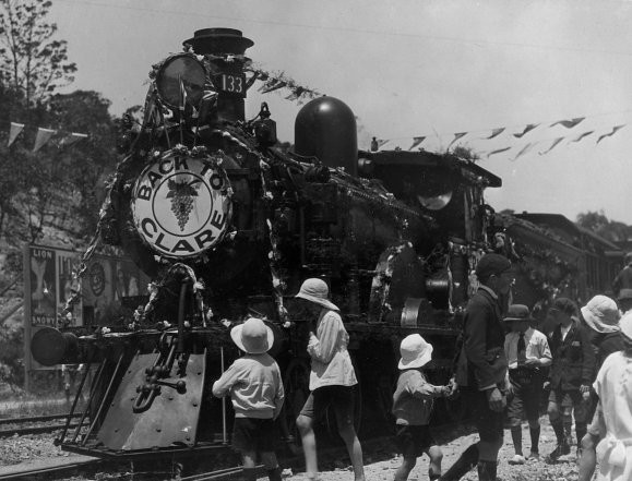 Back To Clare Train 1928.jpg