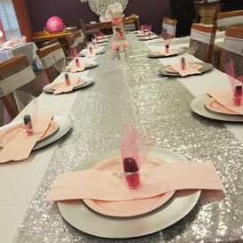 Hello Divine Pink Tulle Table