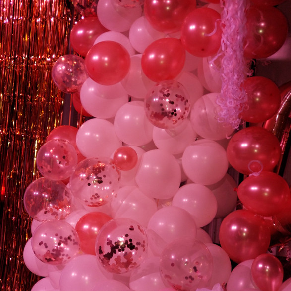 Hello Divine Pink Party 2